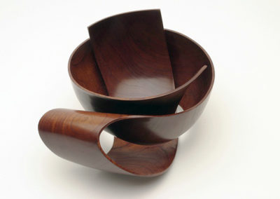 robert-howard-woodcarving19